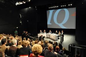 Übertragung des IQ2-Debatte aus dem Fernsehstudio, Bild: diesseits.de