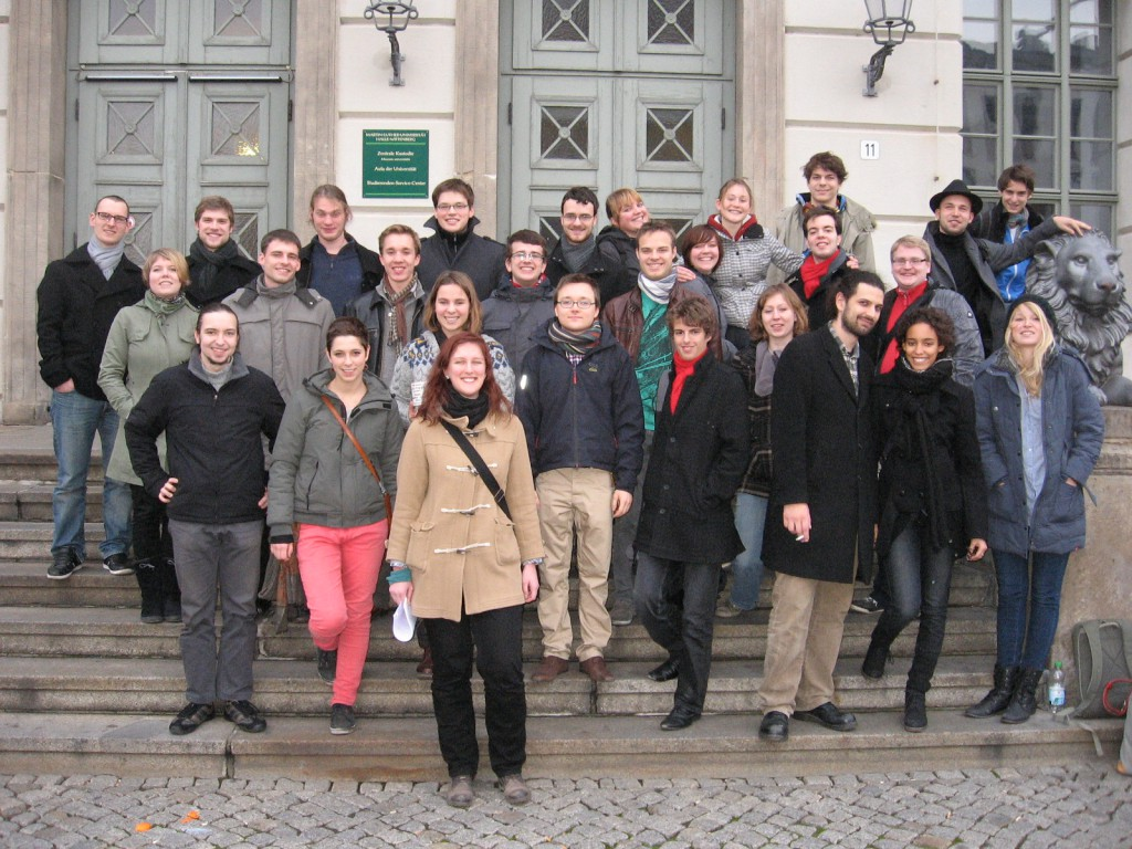 Die Neulinge der sachsen-anhaltinischen Debattierclubs in Magdeburg und Halle (Foto: Miriam Hauft)