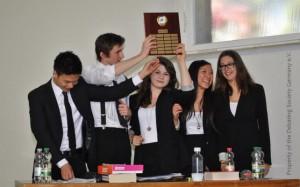 Gewinner der GSDC 2012: Team Kepler-Mixed. V.l.n.r.: Khang On, Fabian Bickel, Luisa Balk, Thuy Giang Trinh, Esther Schmid
