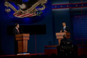 On the debate floor: Mitt Romney (li.) und Barack Obama (re.), Quelle: Kampagnenseite B. Obama, http://www.barackobama.com/live/october-3