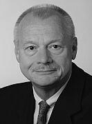 Botschafter a.D. Westdickenberg: Oxford Style Debatte in einem Kurs für junge internationale Führungskräfte