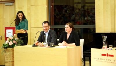 Der Debattierclub Hamburg debattiert mit Cem Özdemir und Katharina Fegebank über Europa