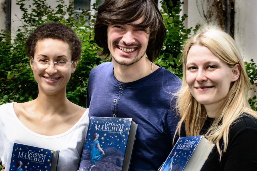 Das glückliche Siegerteam: Allison Jones, Daniil Pakhomenko und Andrea Gau (v.li) Photo: Jöran Beel