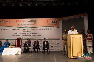 Der Governor von Tamil Nadu begrüßt die Teilnehmer.