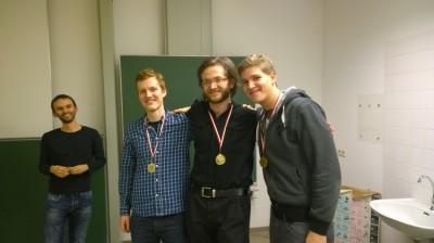 Christian Strunck (Präsident) und Gewinner Alexander Maser, Oliver Grytzmann und Andreas Rauda (v.l.n.r.) (c) Stefan Lüthje