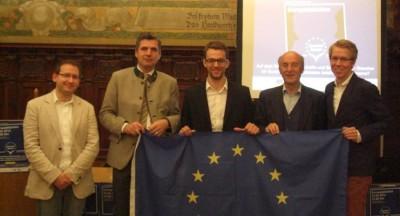 "Teilnehmer der ""Klartext Europa""-Debatte Bozen: Christoph Krakowiak, Herbert Dorfmann, David Hardt, Sepp Kusstatscher, Christoph Erber (v.l.) (c) C. Krakowiak"