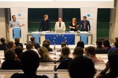 Speakers at the public debate European Debates Conference Berlin IV April 11th 2014 TTIP (from left to right:) John Eltringham, Kai Dittmann, Christoph Krakowiak, Rebecca Irvine, Philipp Stiel (c) Matthias Carcasona