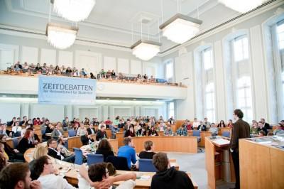 Finale der ZEIT DEBATTE Mainz 2014 im Plenarsaal des rheinland-pfälzischen Landtages (c) Michael Schindler