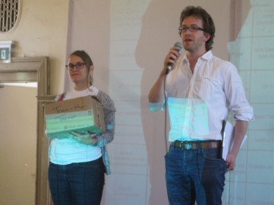 Auf Fehlersuche für Train-the-Trainer: Marietta Gädeke und Farid Schwuchow (c) S. Kempf