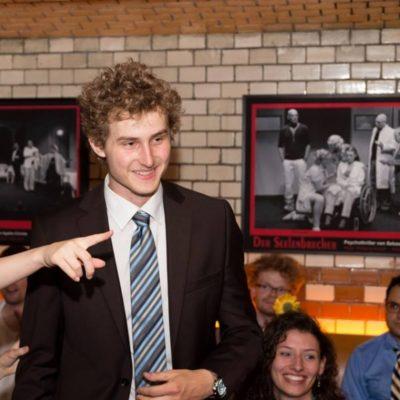 Jan Ehlert erhält den Nachwuchspreis - © Matthias Carcasona