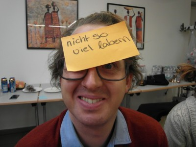 Carsten präsentiert, was er vom Wochenende mitnimmt. (c) Thore Wojke