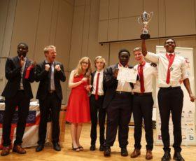 England ist Weltmeister im Schülerdebattieren 2016