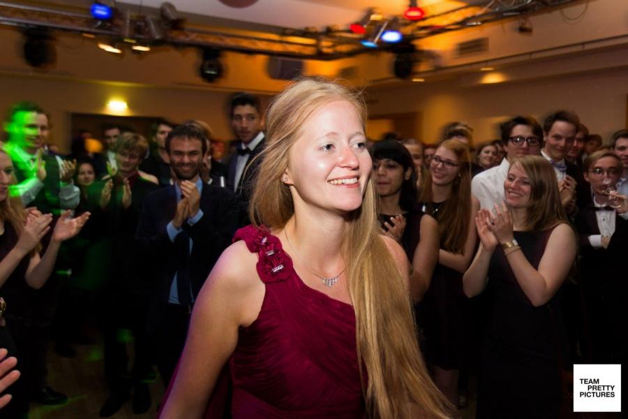Sabrinas glückliches Gesicht nach der Verkündung des Nachwuchspreisträgers bei der DDM 2015 © Henrik Maedler