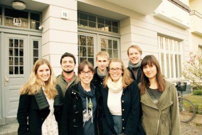 Die beteiligten Personen v.l.n.r.: Elisa Schwarz (VDCH), Konstantin Gavras (CorrelAid), Lisa Laeber (CorrelAid), Thomas Handke (CorrelAid), Mirka Henninger (CorrelAid), Philipp Stiel (DDG) und Fabienne Lind (CorrelAid) - © VDCH