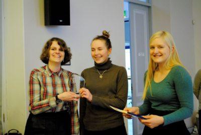 The winning novice team Heleriin Ots, Evelin Metslov © Tartu Ülikooli Väitlusklubi