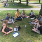 DISKURSIV bei einem Treffen im Freien - © DISKURSIV