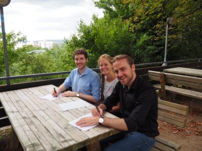VDCH- und DDG-Vorstand unterzeichnen die Verträge - © Gina Konietzky