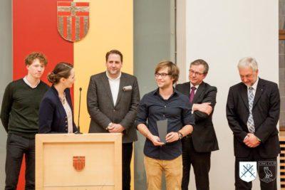 Ehrenjury des OWL-Cups 2016 bei der Vergabe des Rednerpreises - © Debating Society Paderborn