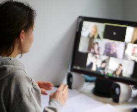 """""""Große Reden in kleinen Zoom Räumen"""" - Eine Einführung in das Online OPD"""
